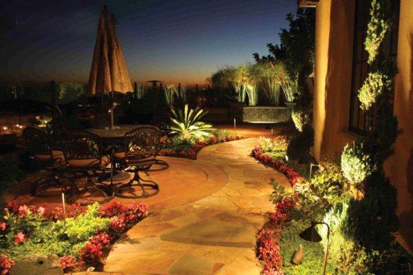 Outdoor lighting ideas 2#aboutthegardenmagazine.indd